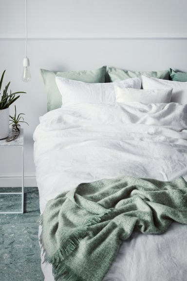 How to style your home on a budget - H&M washed lined bedding