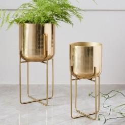 spun-metal-standing-planters-d4438-z